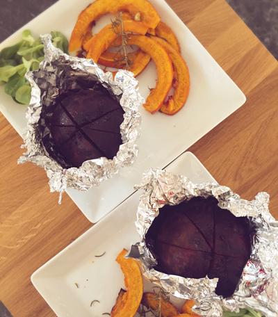 Rote Bete aus dem Ofen mit Kürbischips