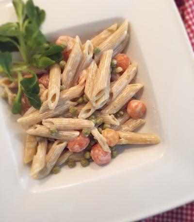 Veganer Nudelsalat mit veganer Mayonnaise