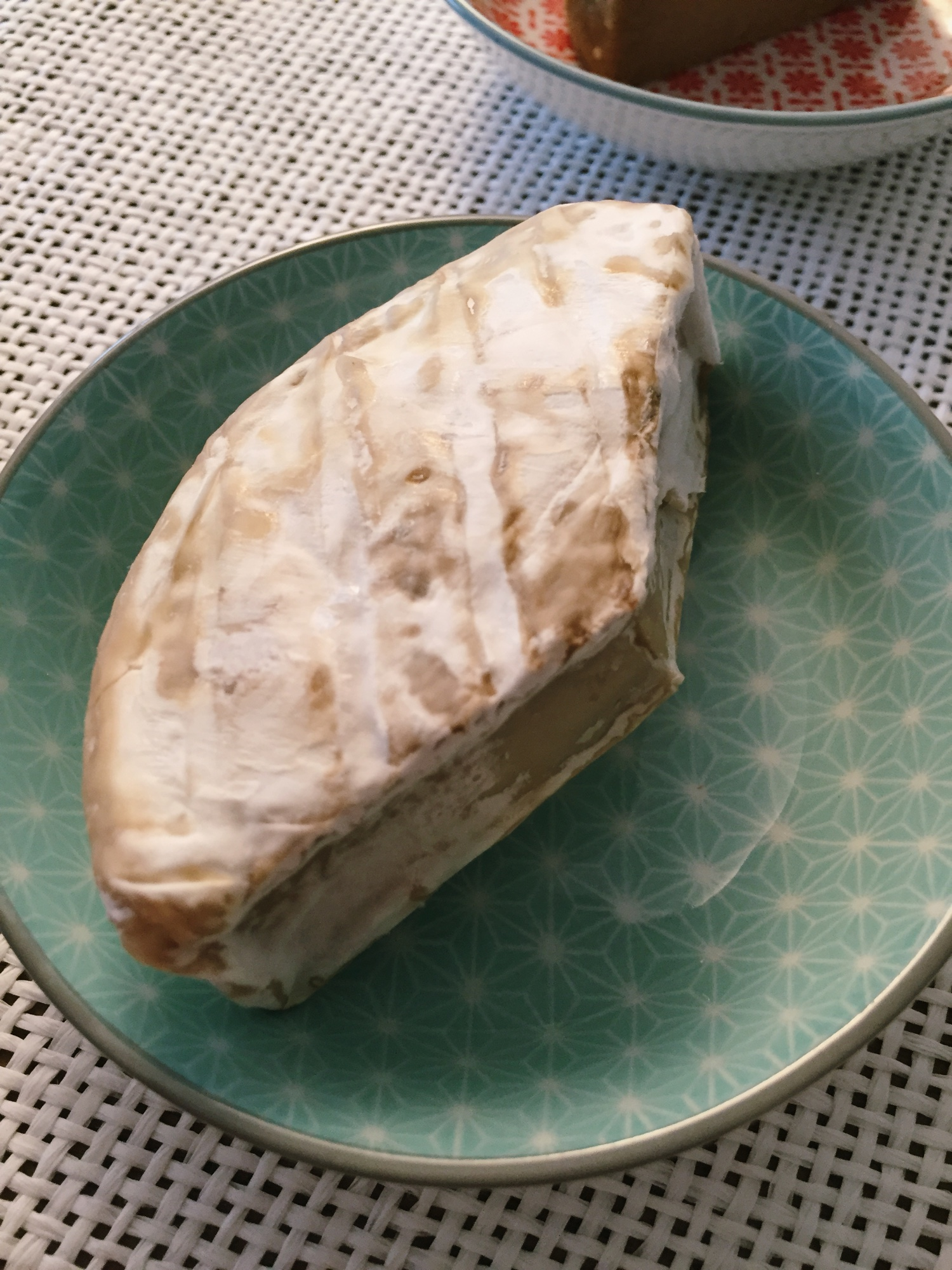 Veganteller Veganer Camembert Schimmel Käse