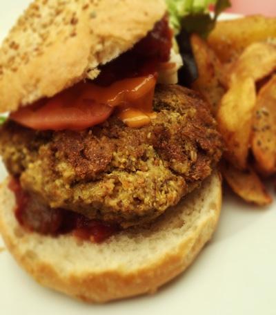Veganer Burger aus Bohnen