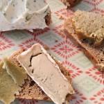 Veganer Käse, Vegane Käsealternative von Happy Cheeze auf Basis von Cashewkernen
