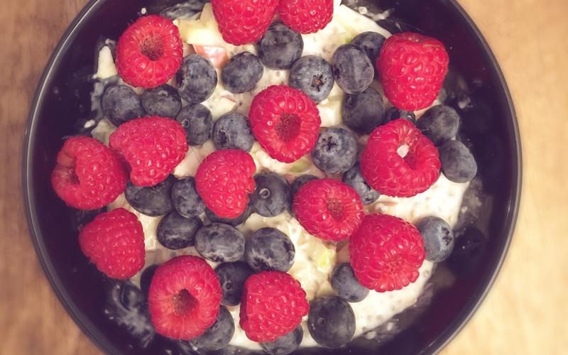 Veganes-Porridge-Haferflocken-Chia-Samen